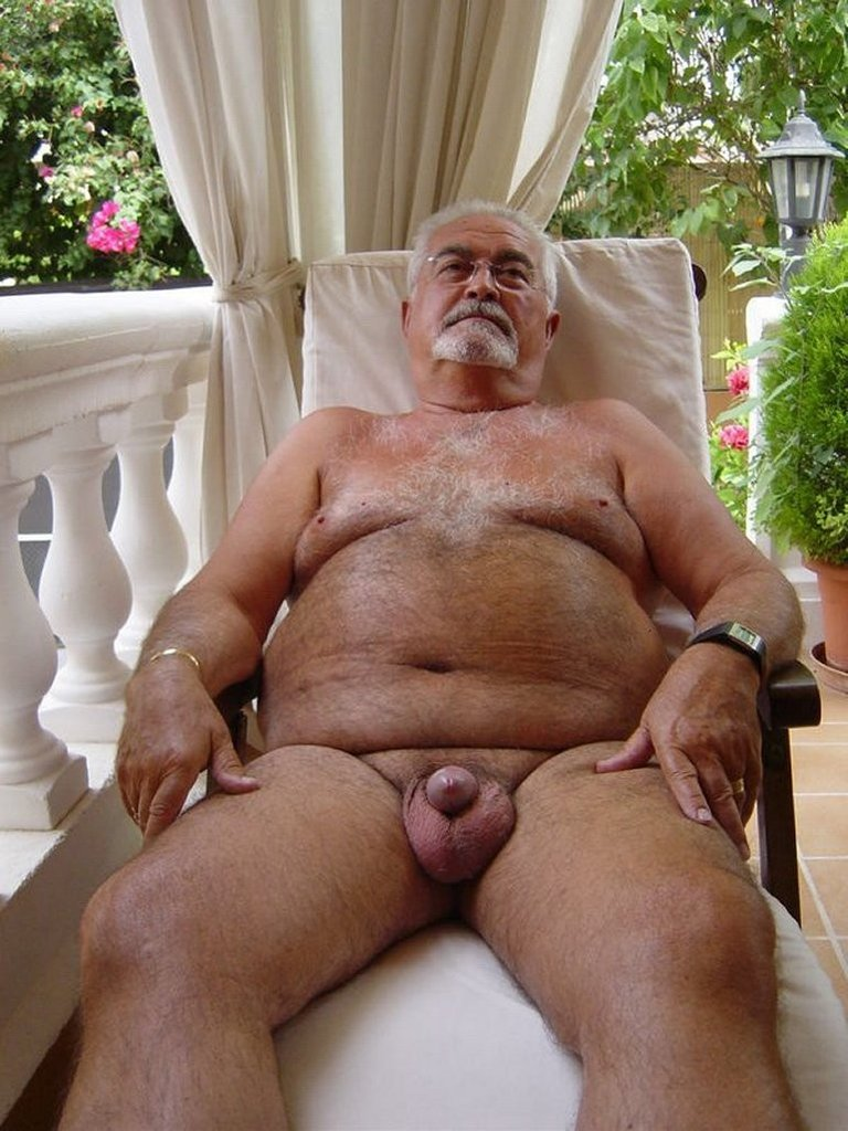 naked-older-men-photos-the-air